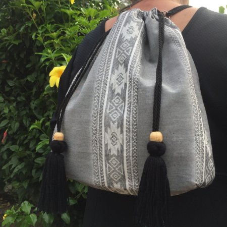 Mochila Hera - estampa cinza