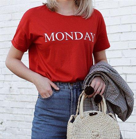 T-shirt Monday