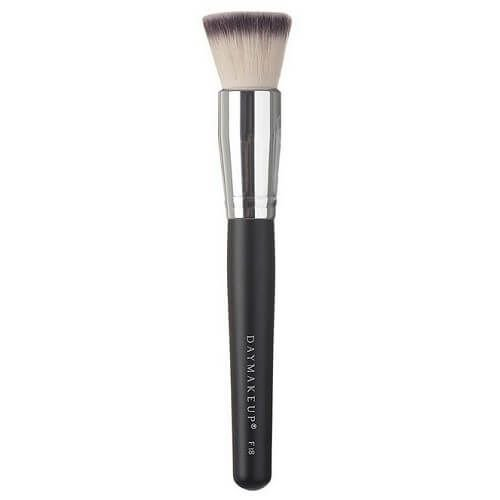 Pincel Flat Top Base e Corretivos F18 - Day Makeup