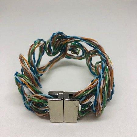 Bracelete Fios Coloridos