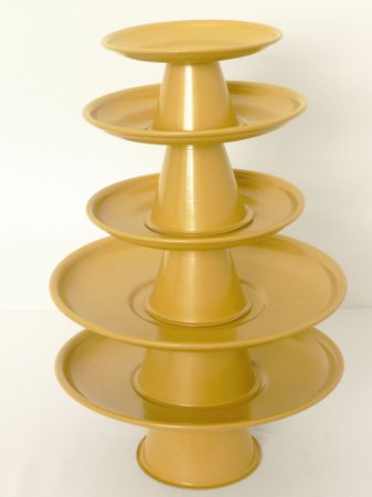 Torre bandeja metal dourado
