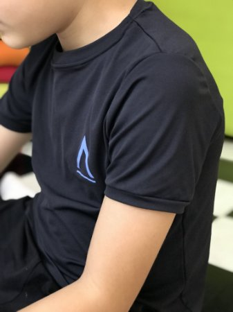 Camiseta Manga Curta Infanto/Juvenil Preta-Avenues