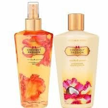 KIT CREME+BODY SPLASH COCONUT PASSION VICTORIA´S SECRET 250ml CADA