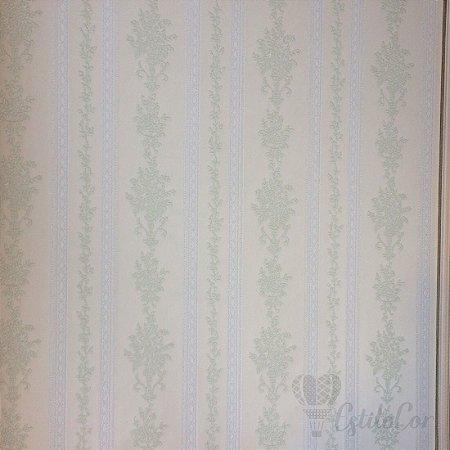 Papel de Parede Listras Estilizadas Tons de Verde com Brilho e Relevo Kantai Grace Vinílico GR921803