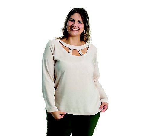 Blusa Viscose com Detalhes e Ilhós Allzap Creme Plus Size