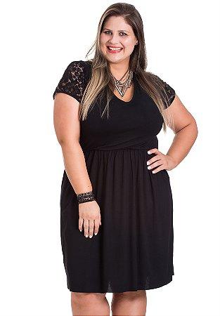 Vestido Viscolycra com renda na manga Autenticada Plus Size