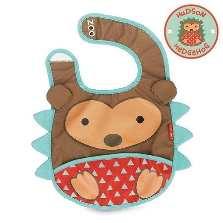 Babador Impermeável Linha Zoo Tema Porco Espinho Hudson Hedgehog - Skip Hop