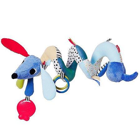 Brinquedo para pendurar no carrinho do bebe em Pelúcia com (Efeito Sonoro)  Cachorro - Skip Hop