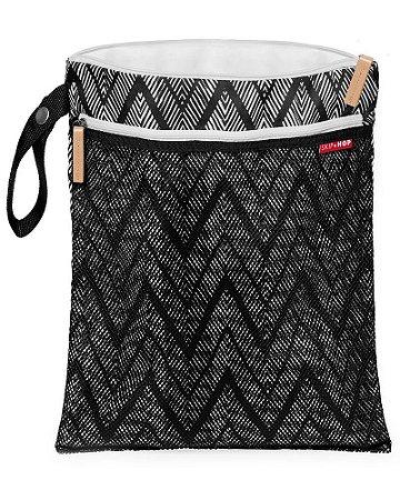 Bolsa Sacola para Roupa Seca ou Molhada (Wet Dry) Zig Zag Zebra - Skip Hop