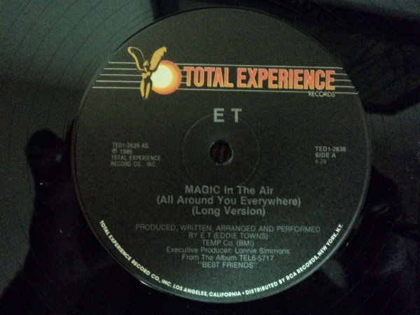 EDDIE TOWNS - MAGIC IN THE AIR