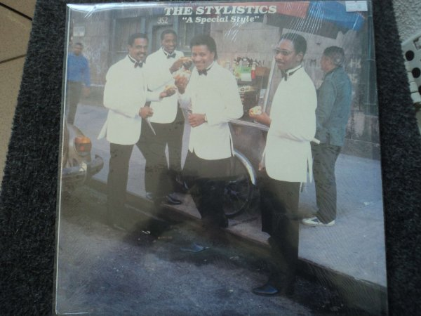 THE STYLISTICS -A SPECIAL STYLE(INCLUINDO SPECIAL)
