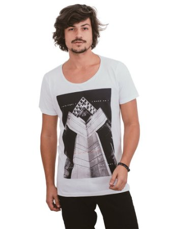 Camiseta Parkour Gola Cavada