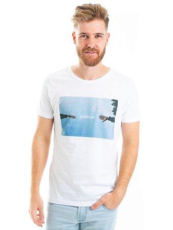 Camiseta Connection