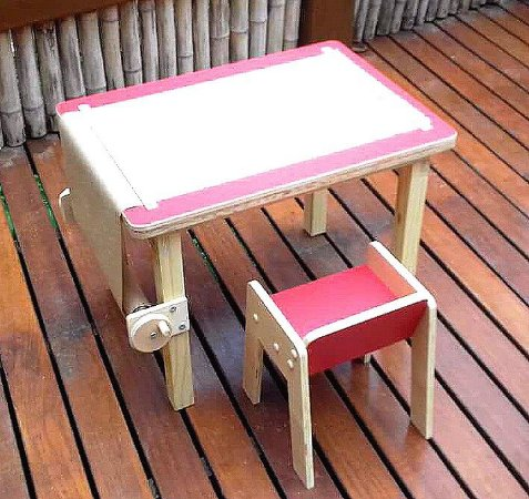 Mesa infantil multi atividades com banco - Modelo Cecy - Vermelha
