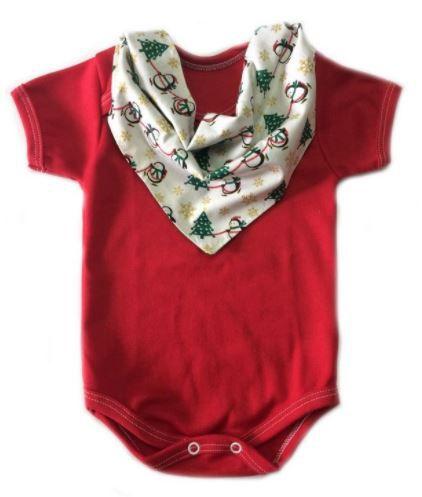 Conjunto de body vermelho e bandana natal bege