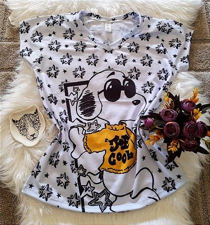Camiseta Feminina Personagem No Atacado Snoopy Estrelas