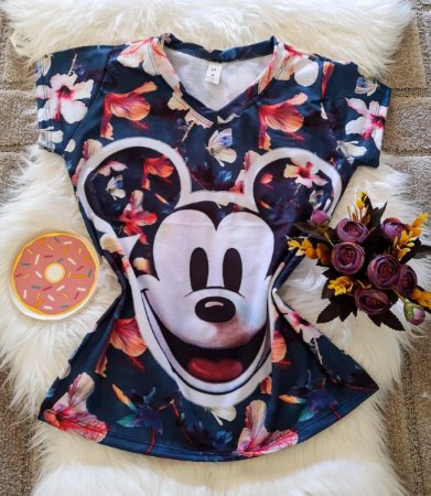 Camiseta Feminina Personagem No Atacado Mickey Rosto Fundo Floral