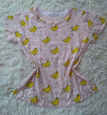 Tee Feminina Para Revenda Bananas Fundo Rosa Claro