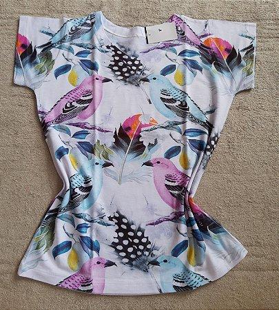 T-Shirt Feminina Para Revenda Pássaros Coloridos