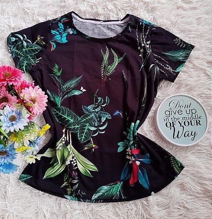 T-Shirt Feminina no Atacado Plantas e Folhas