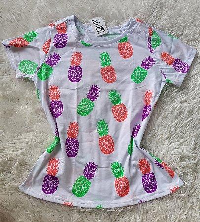 T-Shirt Feminina no Atacado Abacaxis
