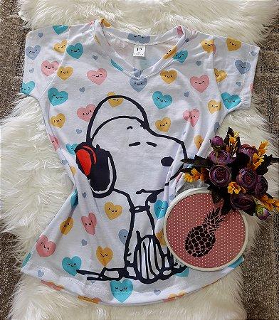 Camiseta Feminina Personagem No Atacado Snoopy Fone