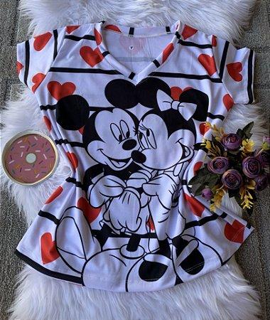Camiseta Feminina Personagem No Atacado Mickey e Minnie