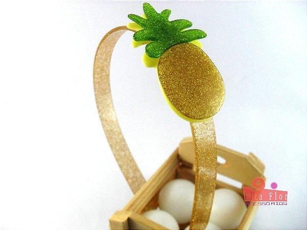 Tiara (Arco) Coleção Frutinha Fita Flor Acessórios. Abacaxi com Glitter (base: amarela, arco: dourado)