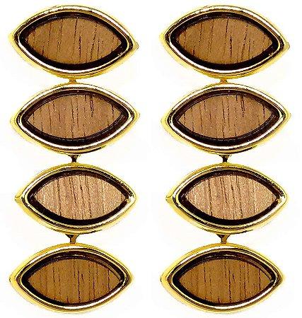 Brinco folheado a ouro modelo luxo com detalhes em madeira