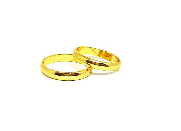 Aliança de ouro 18k com acabamento liso polido