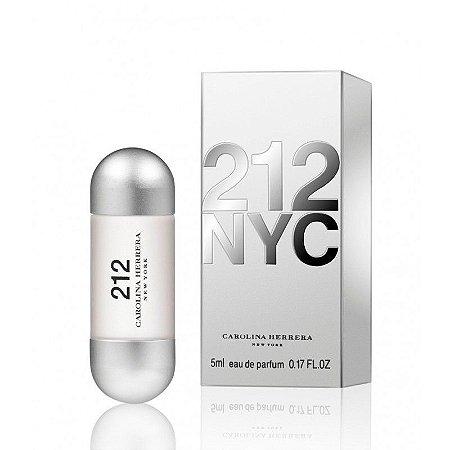 Miniatura 212 Eau de Toilette Carolina Herrera 5ML - Perfume Feminino