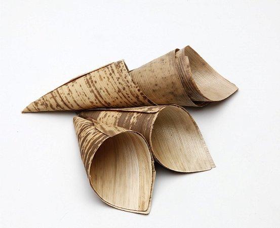 Cone De Palha De Bambu 18cm