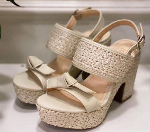 Sapato Bege