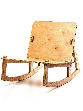 Cadeira Baixa de Balanço MARTE