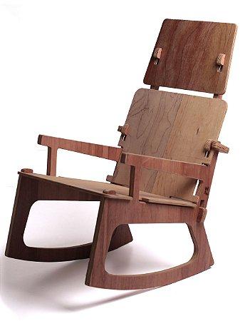 Cadeira de Balanço SATURNO com Encosto de Cabeça