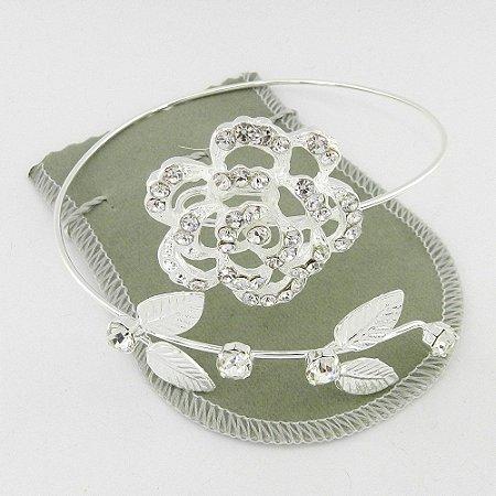 Bracelete Feminino Flor Stras Branco Folheada Prata Bra71