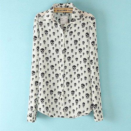 Camisa Caveira Elegante e de Alta Qualidade
