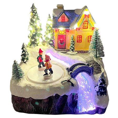 Brinquedo de natal casinha com patinadores e ponte Ref: AC 843