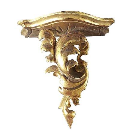 Peanha em madeira ouro brunhido