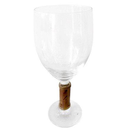 Taça de Vinho com Pé de Bambu