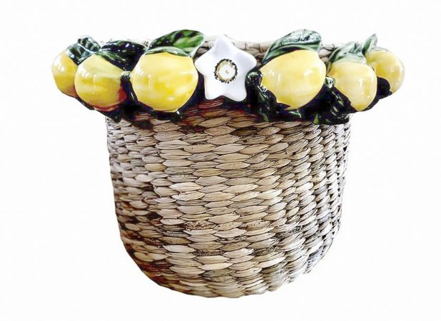 Cesta Rodeada de Limões Sicilianos