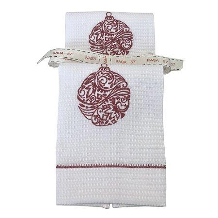 Kit de Natal: 2 toalhas lavabo bordadas bola vermelha