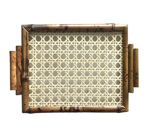 Bandejinha de Bambu com Palha e Vidro