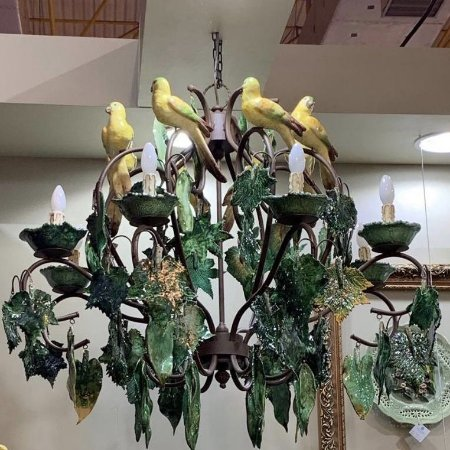 Lustre com Folhas e Pássaros de Cerâmica