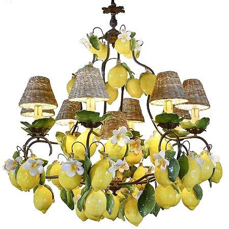 Lustre limões sicilianos e flores de cerâmica com cúpulas de taboa Zanatta Casa