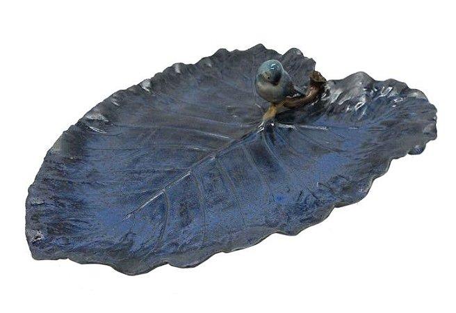 Folha de cerâmica azul nevoeiro com passarinho cabeça baixa Zanatta Casa
