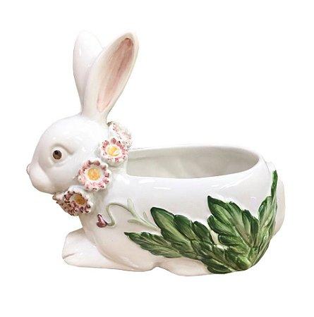 Vasinho de Coelha com Flores no Pescoço