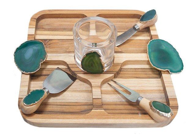 Tábua para aperitivo em madeira com agata verde