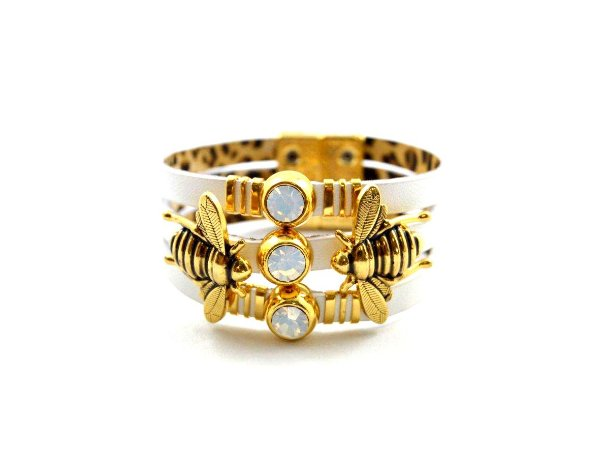 Pulseira Armazem RR Bijoux couro abelhinha branca