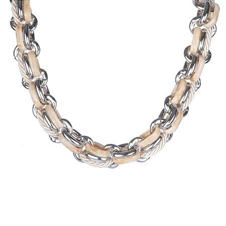 Colar Armazem RR Bijoux curto entrelaçado prata